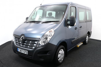Wheelchair Accessible Vehicle RENAULT master BLue 2