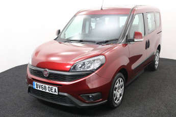 Wheelchair Accessible Vehicle Fiat Doblo Red BV68OEA 2